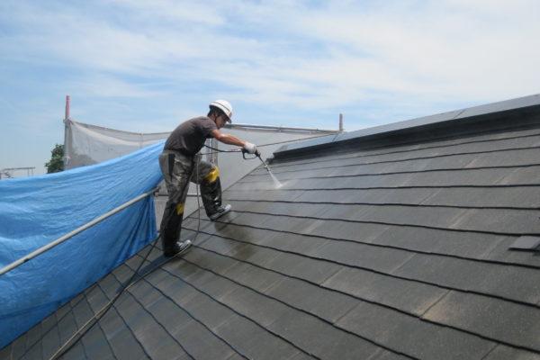 千葉県白井市 屋根塗装 下地処理 高圧洗浄 汚れとり