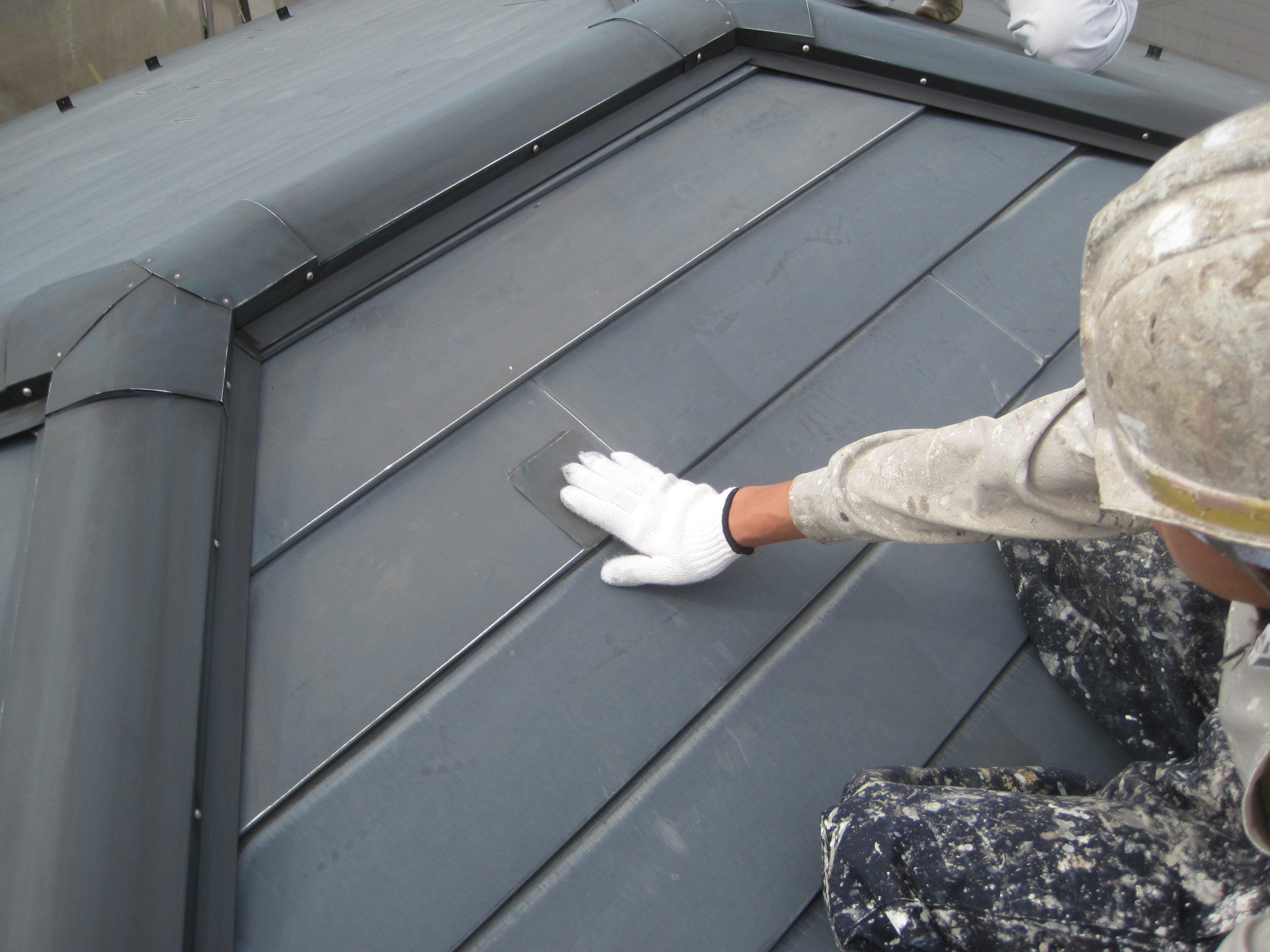 千葉県船橋市 屋根塗装 ひび割れ ズレ 雨漏り対策